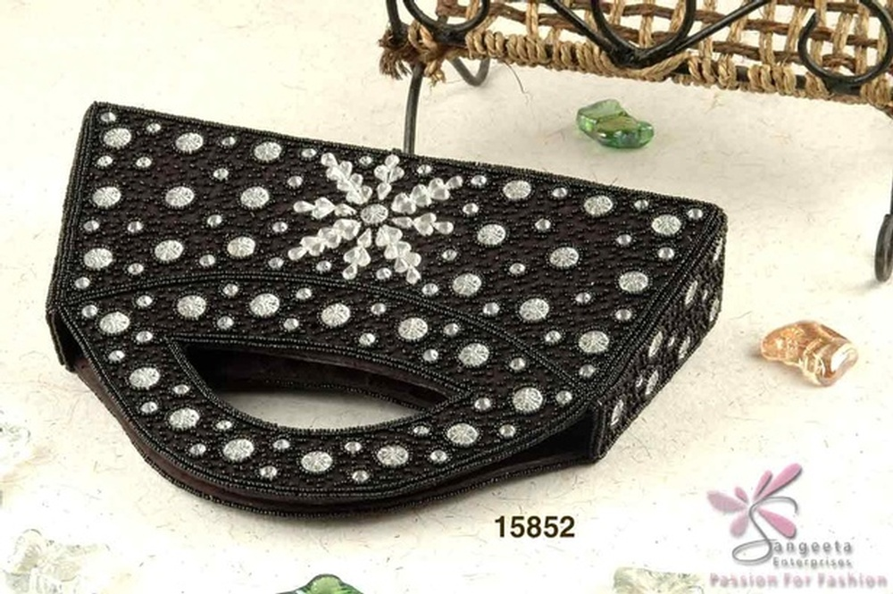 Glass beads and fabric evening bag in black colour