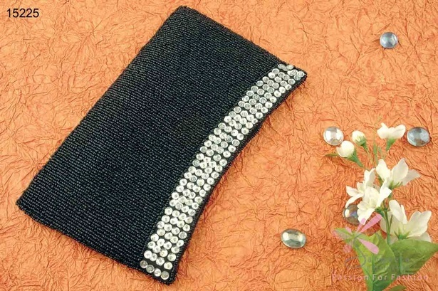 Glass and sequins evening bag in black and silver colour combination
