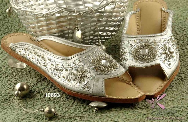 Silver colour pair of beaded slippers in leatherette upper and synthetic sole