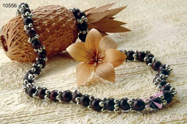 Contemporary and traditional combination black wooden beads necklace