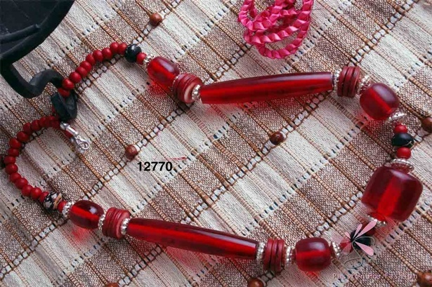 Beautiful red colour necklace at Sangeeta Enterprises - Fashion Jewellery Manufacturer India