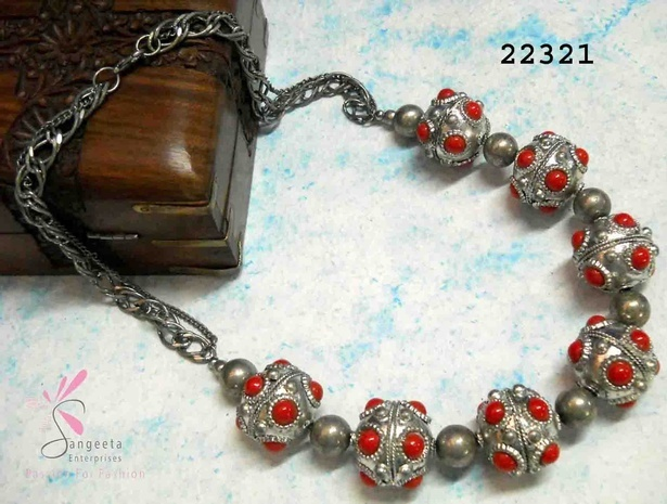 Silver and red colour necklace in metal and glass - Short Necklaces Online India